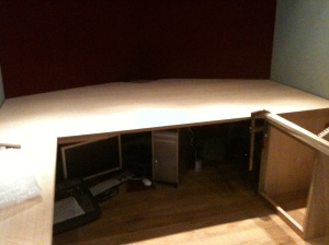 Here's the original (too large/resonant) tabletop, before Artis cuts out the ergonomic curve...
